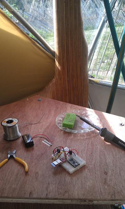 flock house soldering bench